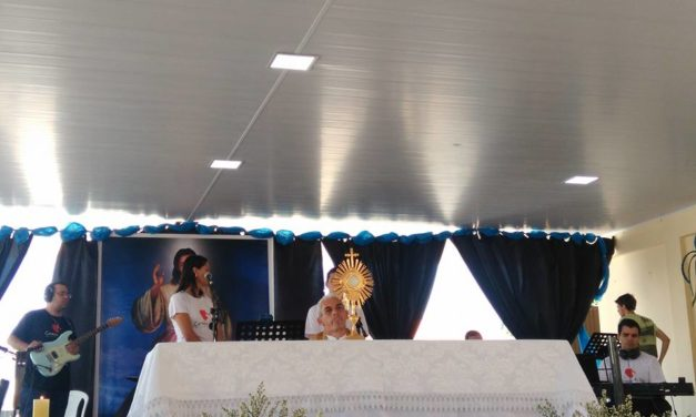 CONFIRA COMO FOI A SEMANA CARISMÁTICA E O XXIII LOUVOR DA RCC DE ITAPURANGA-GO!